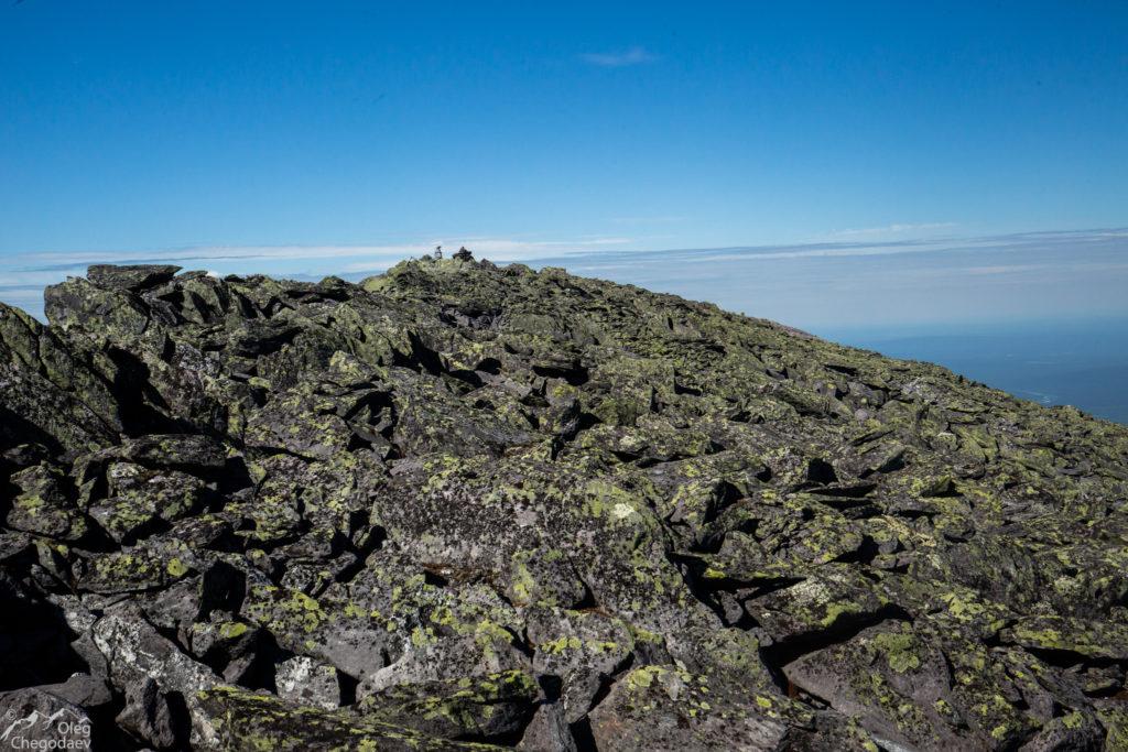 Вершина горы Тельпосиз